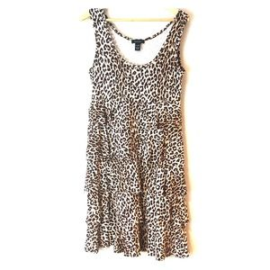 Spense leopard print dress ruffled Large